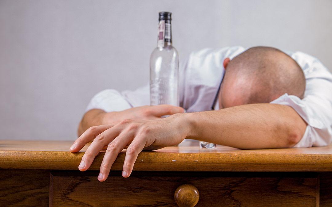 """Alkohol & Business – das """"Dressing für Ihren Kopfsalat"""""""